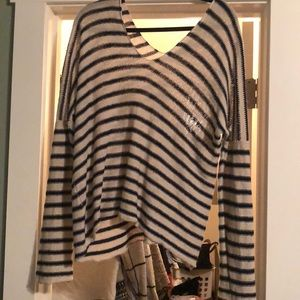 Vince sweater size large